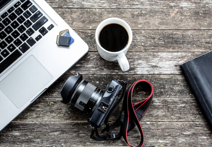 Top 5 Cameras for Vloggers in 2020