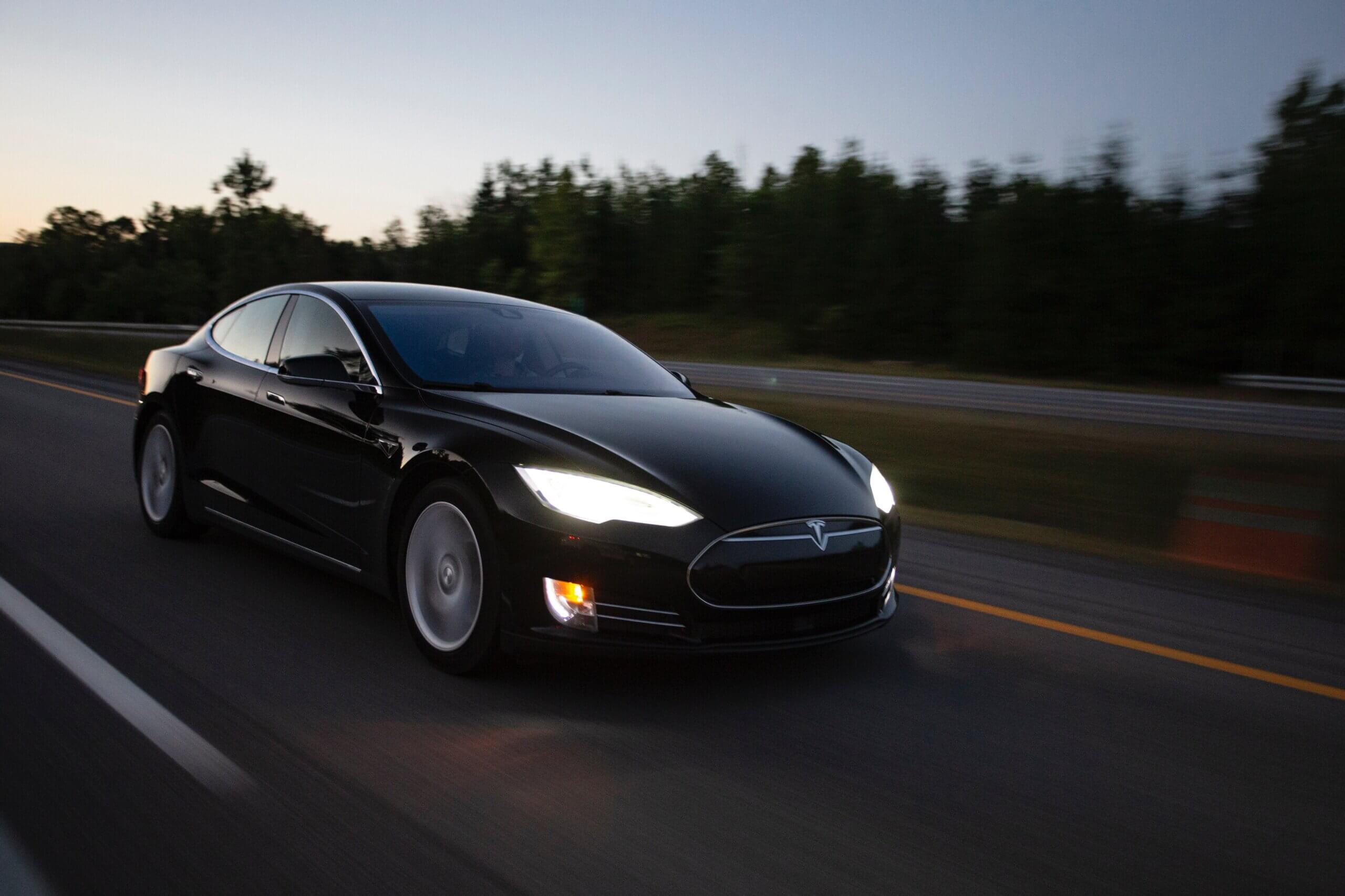 Six Myths (And 1 Truth) About Tesla